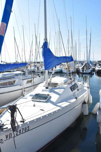 Charter Sailboat Beneteau First 235 Rolle