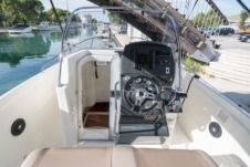 Quicksilver Activ 805 Open in Trogir
