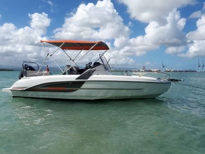 Miete Motorboot Beneteau Flyer 6.6 Spacedeck Le Gosier
