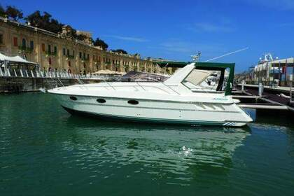 Rental Motorboat Fairline Targa 33 Saint Julian's