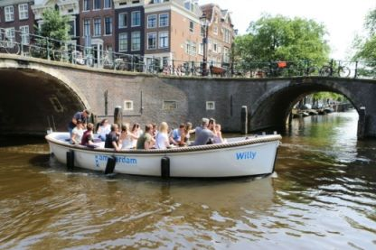 Charter Motorboat Sloep Willy Amsterdam