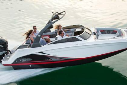 Hire Motorboat Four Winns 220 South Lake Tahoe