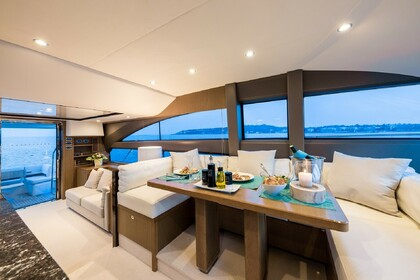 Location Yacht Princess 64 Fly Beaulieu-sur-Mer