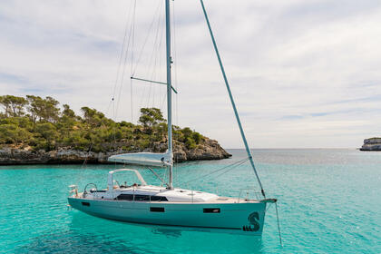 Rental Sailboat Beneteau Oceanis 41.1 Pomer