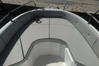 Hire Motorboat Trimarchi S57 Paxi
