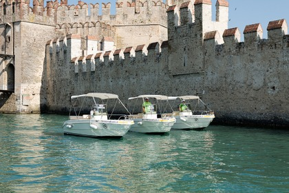 Rental Motorboat MARINELLO Brava 16 Sirmione