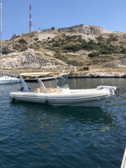 Location Semi-rigide Capelli Tempest 770 Marseille