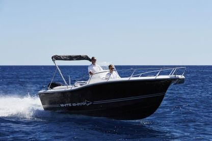 Verhuur Motorboot White Shark 205 Open La Ciotat