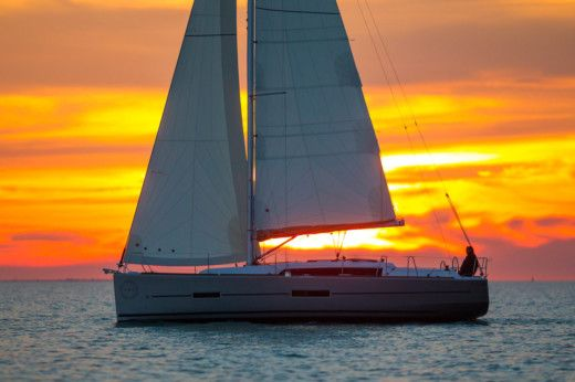 Sailboat Dufour 382 Grand Large for hire