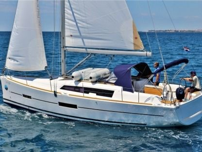 Rental Sailboat Dufour 382 Sukošan