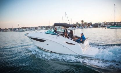 Rental Motorboat Sea Ray 27 Foot Sundancer 260 Newport Beach