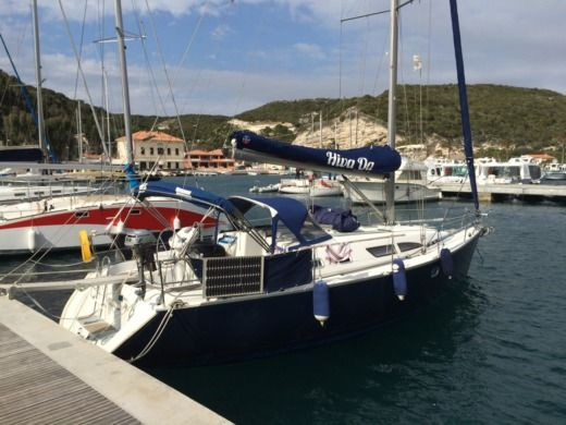 Jeanneau Sun Odyssey 37 in Bonifacio for hire