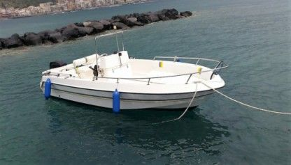 Charter Motorboat Gio Mare 160 Taormina