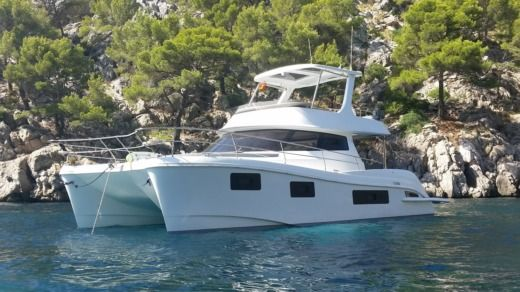Charter Catamaran Flash Catamaran 43 S Grimaud