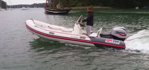 RIB Vaillant 525 Sport for hire