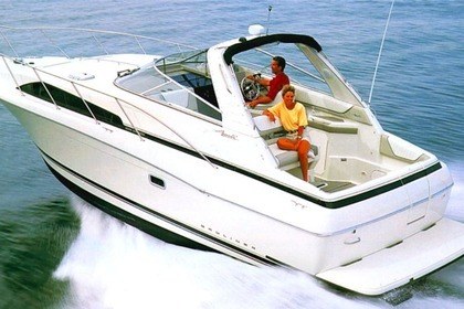 Hire Motorboat BAYLINER 3255 Huy