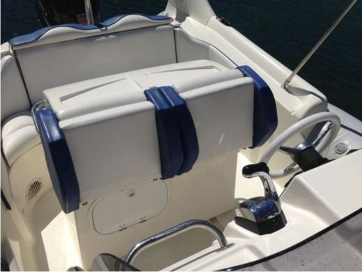 RIB Zodiac Medline 3 peer-to-peer