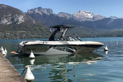 Charter Motorboat TIGE rzx3 Annecy