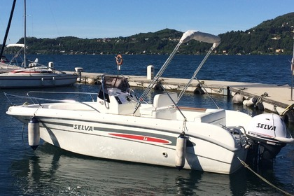Rental Motorboat Selva Open 5.6 Ranco, Lombardy