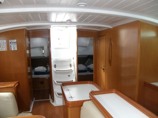 Sailboat Beneteau Cyclades 50.5 Amazon for hire