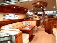 Motorboat Ferretti Ferretti 620 for hire