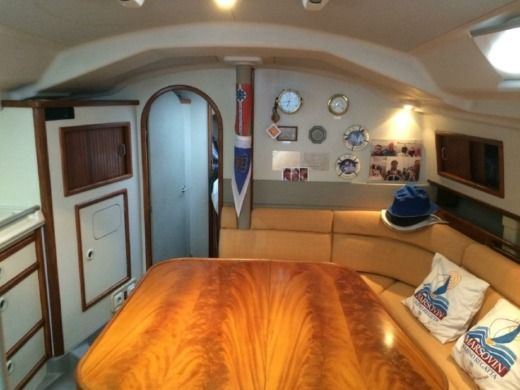 Sailboat Dehler 39 CWS for hire