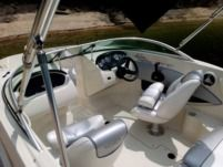 Motorboat Sea Ray 185 Sport for rental