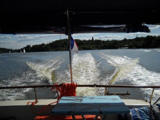 Charter motorboat in Nantes peer-to-peer