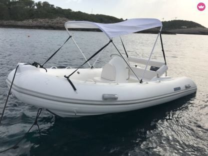 Rental RIB Goldenchip Venus 420 La Savina