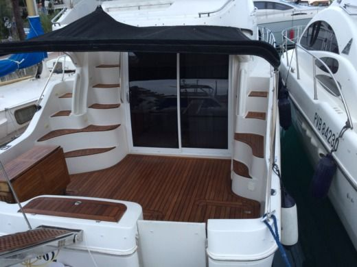 Carver Carver 380 SS in Villeneuve-Loubet peer-to-peer