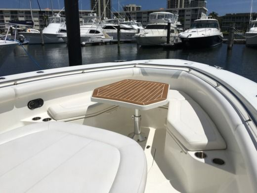 Boston Whaler 37' in West Palm Beach