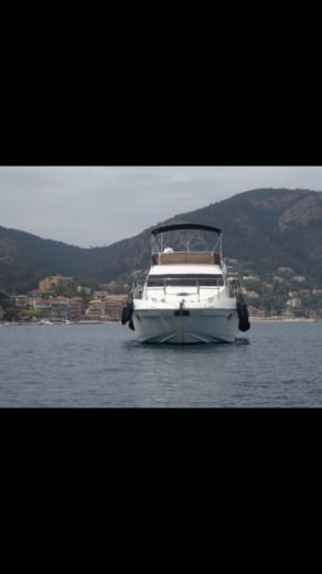 Azimut 43 Fly in Cannes for hire