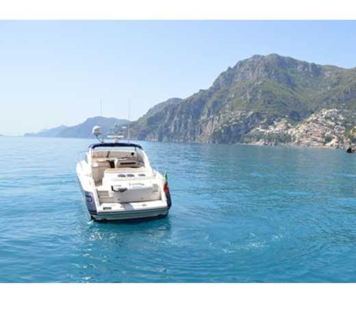 Princess V 50 Sport Open a Sorrento da noleggiare