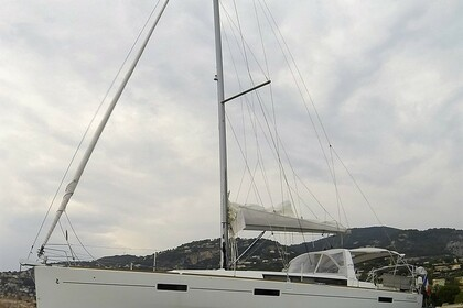 Hire Sailboat BENETEAU OCEANIS 45 Vallauris