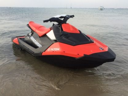 Location Jet-ski Sea Doo Spark 90 Ace Ho Ibr Port-Camargue