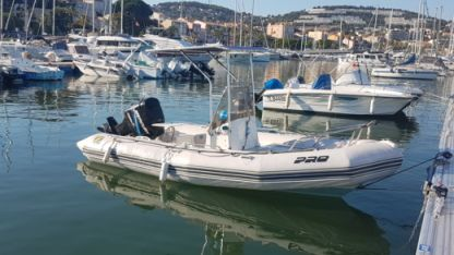 Charter Motorboat Zodiac Zodiac Pro Open 550 + Optimax 115Cv Bandol