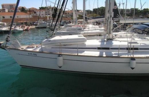 Sailboat Bavaria Cruiser 49 for hire