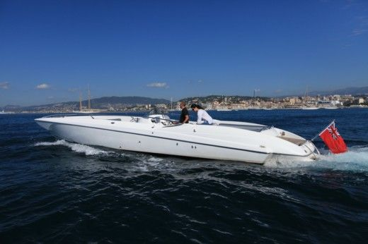 Motorboat Sunseeker XS Sport for hire