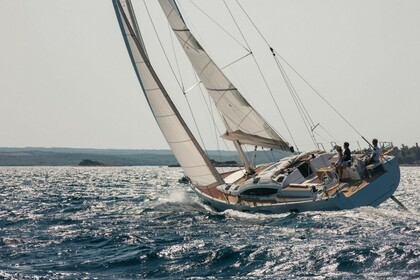 Charter Sailboat Elan 50 Impression Timeless Pula