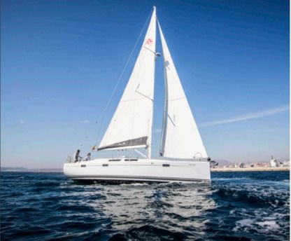 Charter Sailboat Hanse Hanse 415 Two Al Alicante