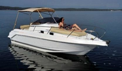 Charter Motorboat B2 Marine 755 Canet-en-Roussillon