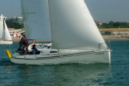 Rental Sailboat G7 25 Oeiras