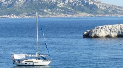 Rental Sailboat Jouët Triton Cassis
