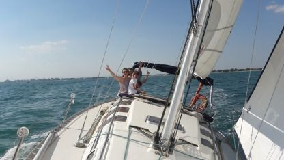 Rental Sailboat Beneteau First 35S5 Le Grau-du-Roi