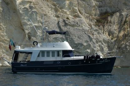 Rental Motorboat Beneteau Swift Trawler 42 Porto Badino