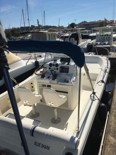 KELT White Shark 215 in Saint-Tropez for hire