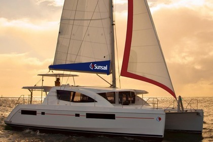 Rental Catamaran Sunsail 484 Road Town