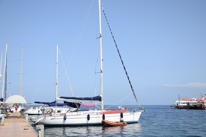 Rental Sailboat BAVARIA 44 Lipari