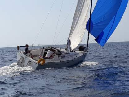 Rental Sailboat Beneteau First 25.7 Six-Fours-les-Plages