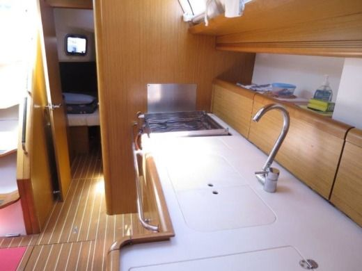 Sailboat Jeanneau Sun Odyssey 49I for hire